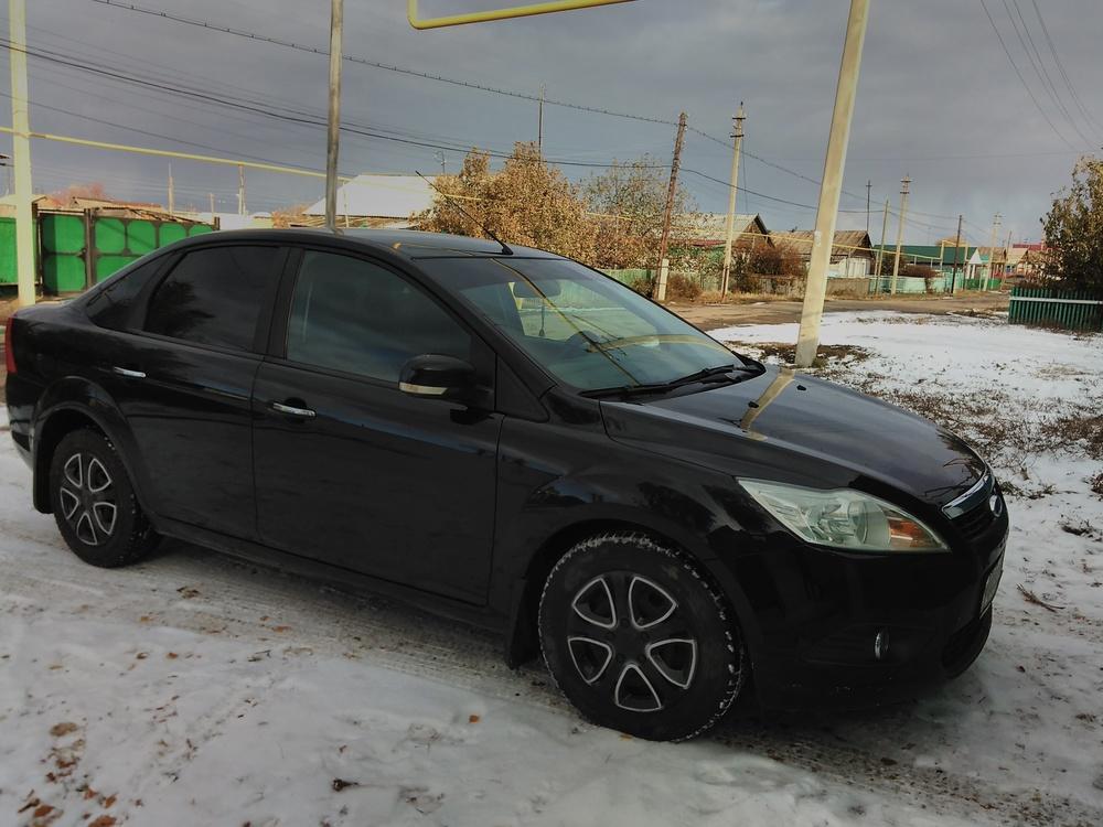 Подержанный Ford Focus, хорошее состояние, черный , 2008 года выпуска, цена 300 000 руб. в Челябинской области