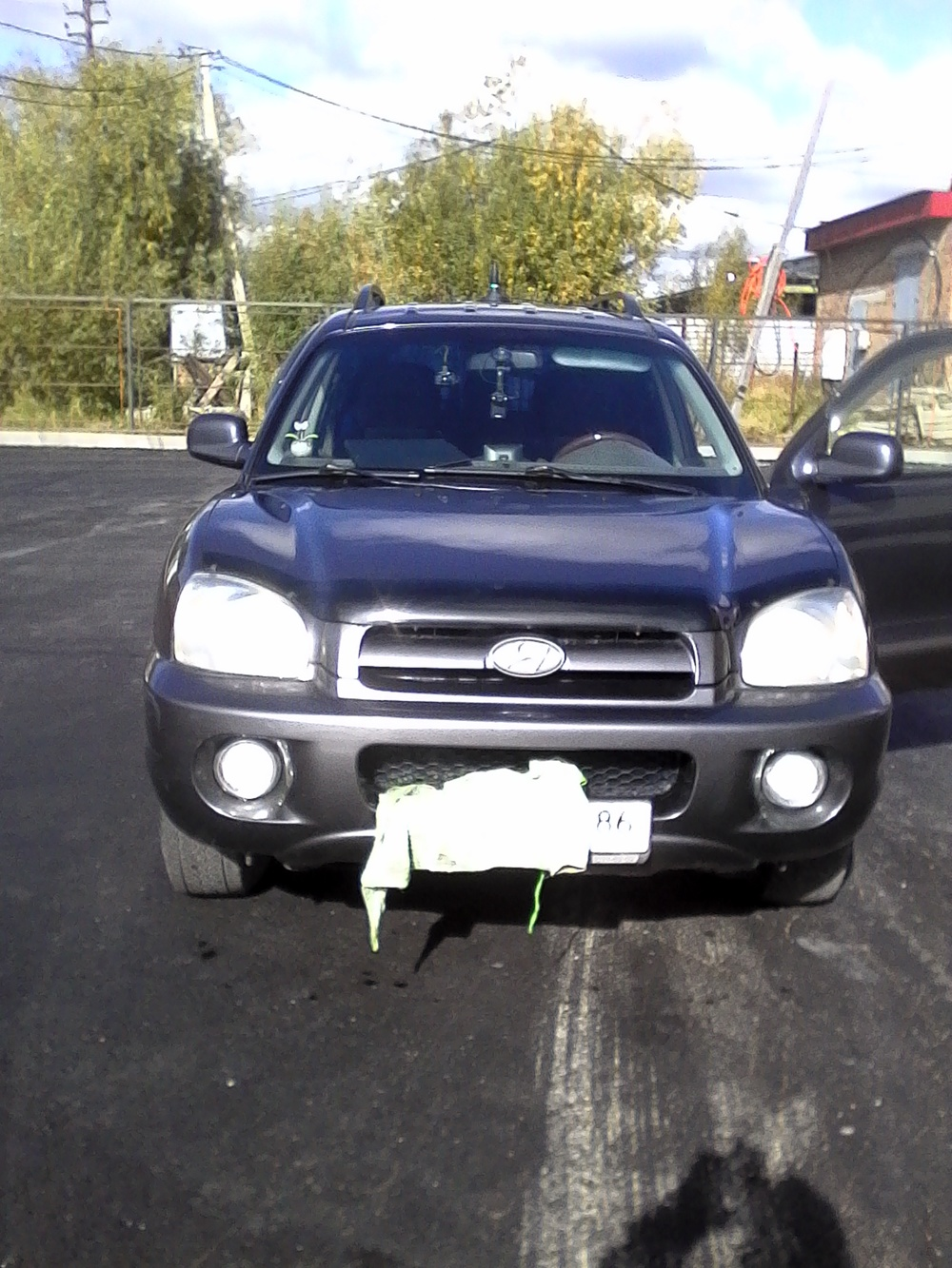 Подержанный Hyundai Santa Fe, хорошее состояние, голубой металлик, 2005 года выпуска, цена 400 000 руб. в ао. Ханты-Мансийском Автономном округе - Югре