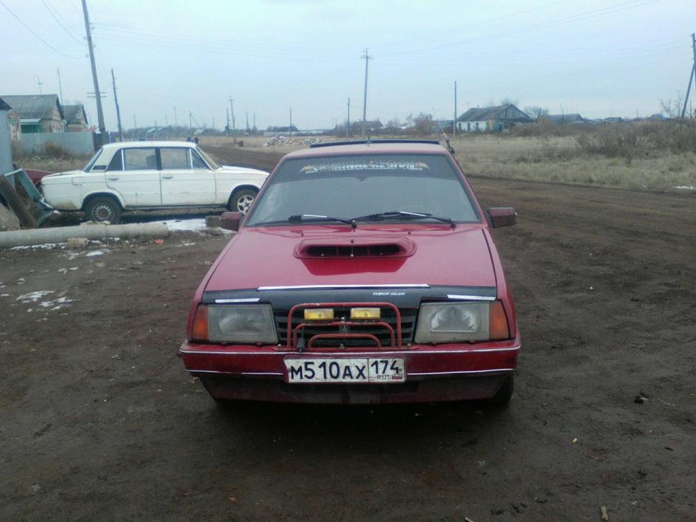 Подержанный ВАЗ (Lada) 2109, среднее состояние, красный , 1993 года выпуска, цена 45 000 руб. в Челябинской области