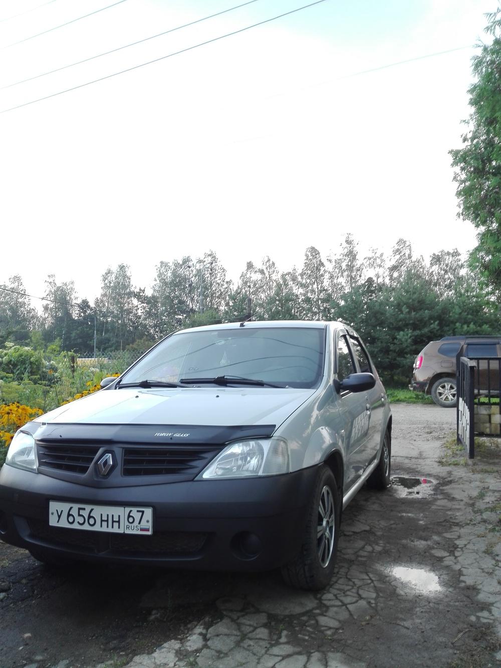 Подержанный Renault Logan, хорошее состояние, серый , 2006 года выпуска, цена 195 000 руб. в Смоленской области