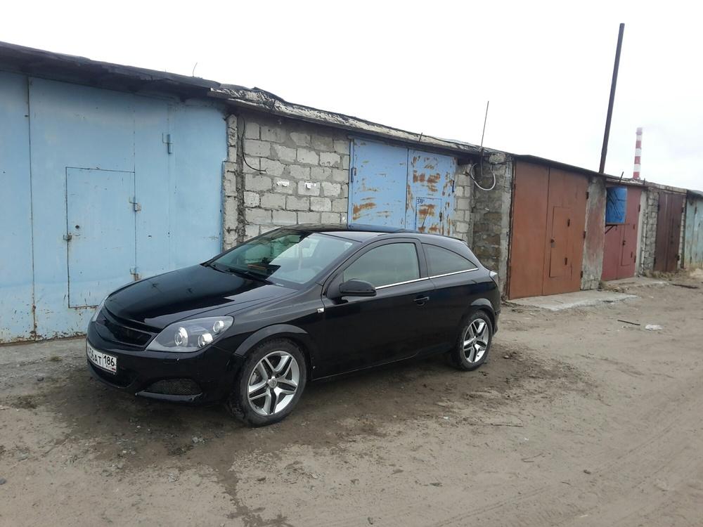 Подержанный Opel Astra, хорошее состояние, черный , 2007 года выпуска, цена 330 000 руб. в ао. Ханты-Мансийском Автономном округе - Югре