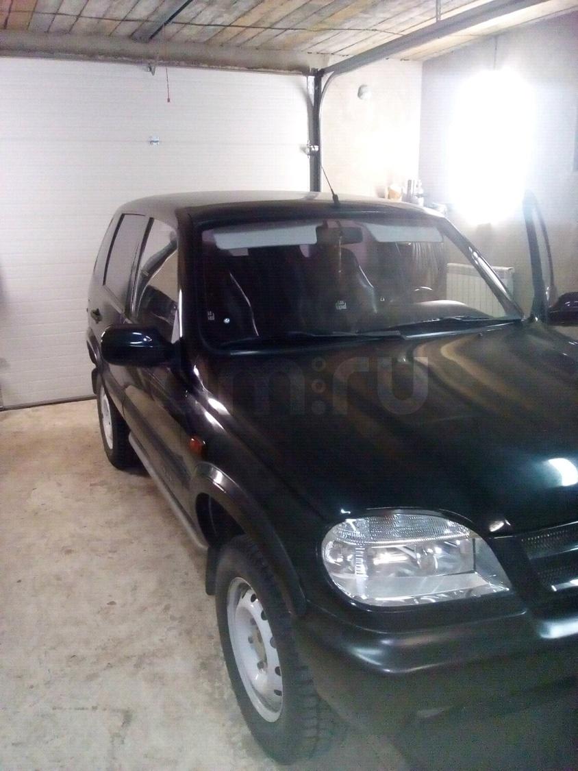 Подержанный Chevrolet Niva, отличное состояние, черный металлик, 2006 года выпуска, цена 240 000 руб. в ао. Ханты-Мансийском Автономном округе - Югре