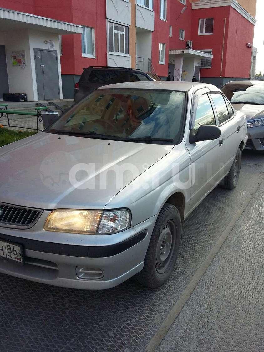 Подержанный Nissan Sunny, хорошее состояние, серебряный , 2001 года выпуска, цена 165 000 руб. в ао. Ханты-Мансийском Автономном округе - Югре