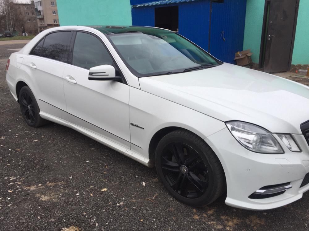 Подержанный Mercedes-Benz E-Класс, отличное состояние, белый , 2009 года выпуска, цена 940 000 руб. в Смоленской области
