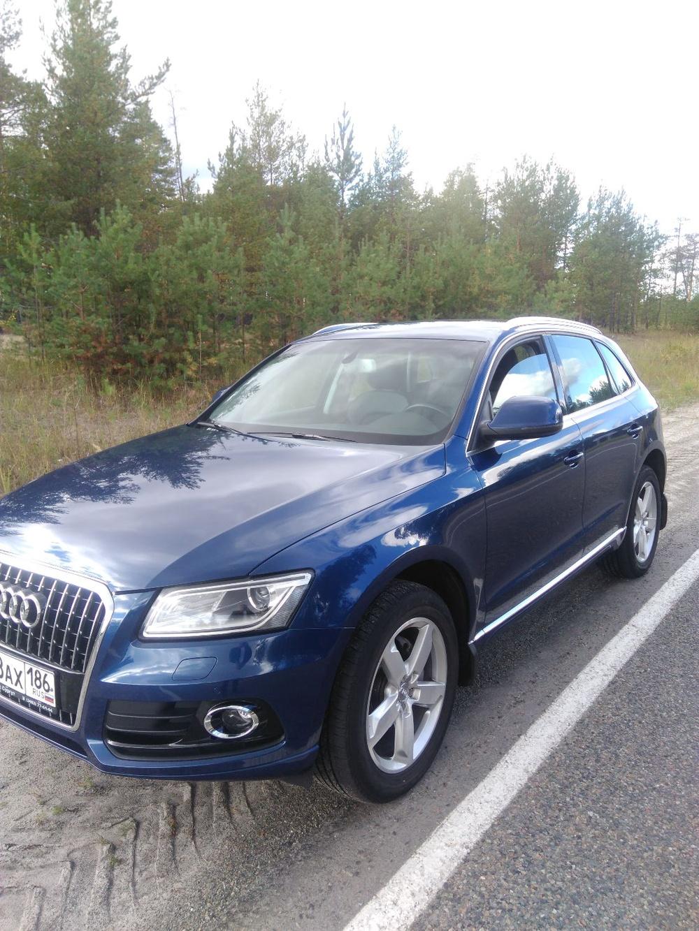 Подержанный Audi Q5, отличное состояние, синий металлик, 2014 года выпуска, цена 2 100 000 руб. в ао. Ханты-Мансийском Автономном округе - Югре