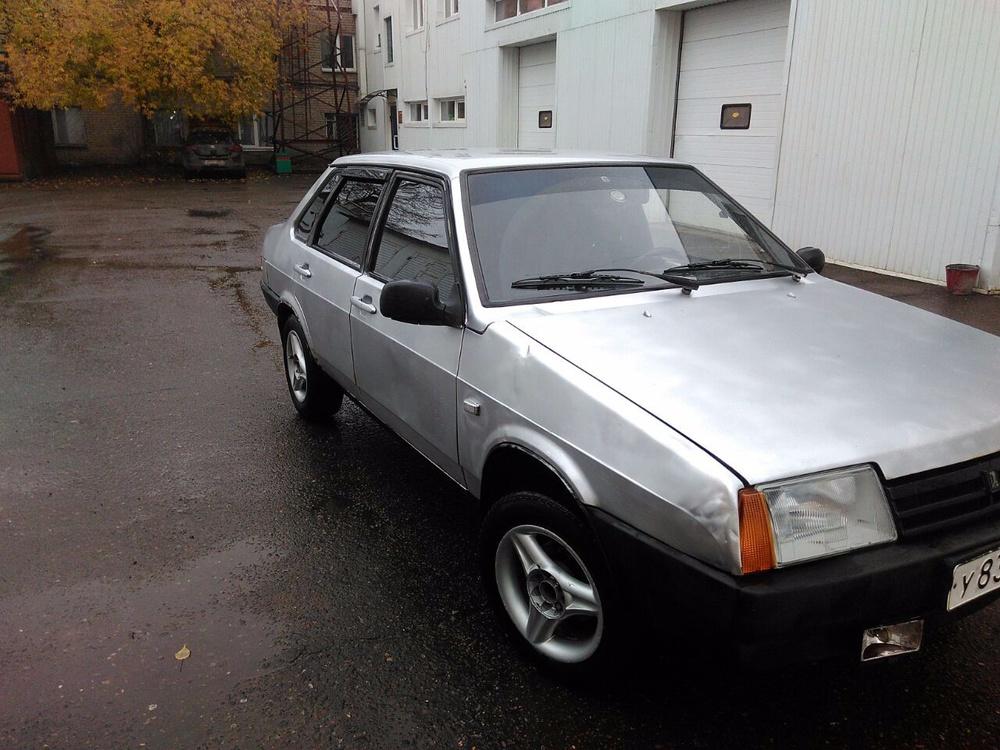 Подержанный ВАЗ (Lada) 2109, хорошее состояние, серебряный металлик, 2001 года выпуска, цена 70 000 руб. в республике Татарстане