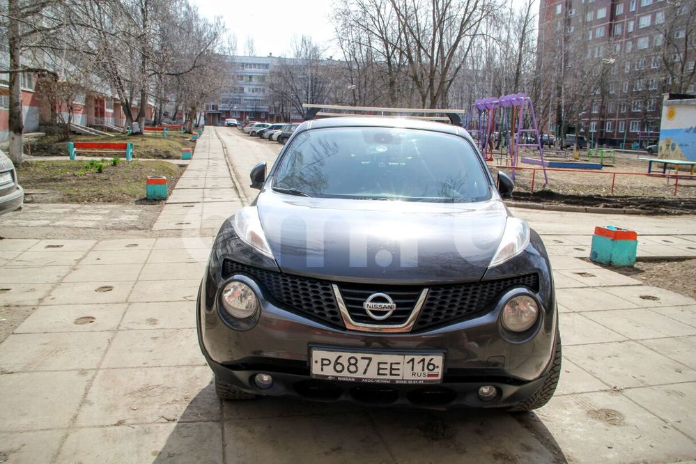 Подержанный Nissan Juke, хорошее состояние, коричневый , 2011 года выпуска, цена 610 000 руб. в республике Татарстане