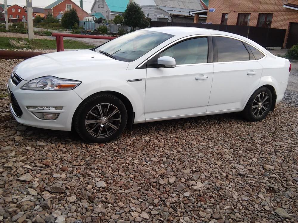 Подержанный Ford Mondeo, хорошее состояние, белый , 2011 года выпуска, цена 650 000 руб. в республике Татарстане
