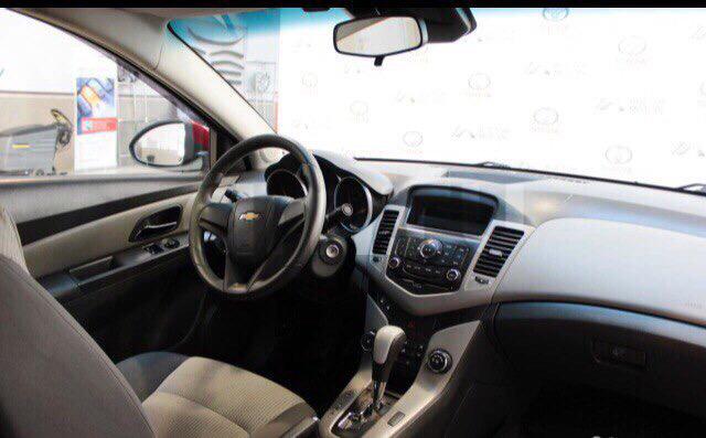 Подержанный Chevrolet Cruze, хорошее состояние, красный металлик, 2009 года выпуска, цена 415 000 руб. в ао. Ханты-Мансийском Автономном округе - Югре