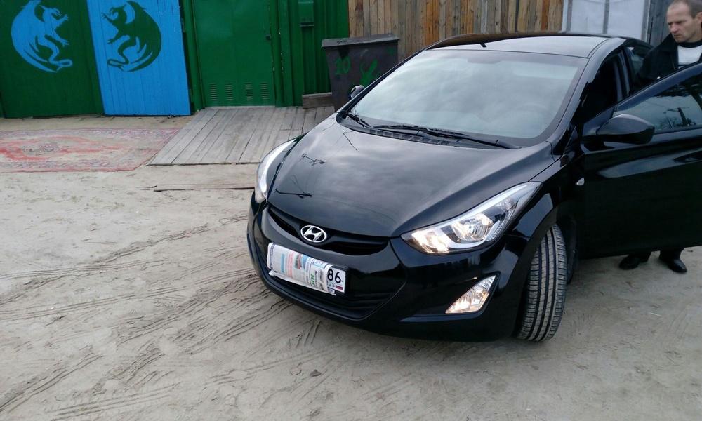 Подержанный Hyundai Elantra, отличное состояние, черный , 2015 года выпуска, цена 850 000 руб. в ао. Ханты-Мансийском Автономном округе - Югре