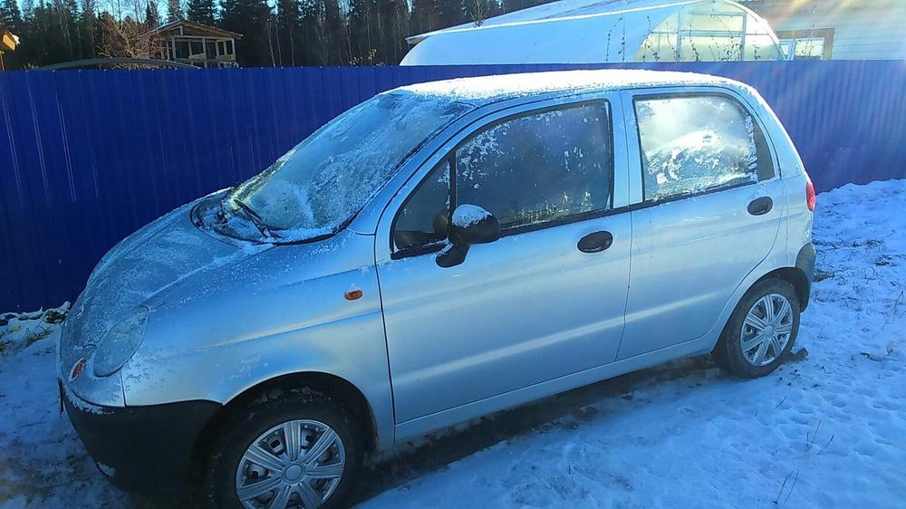 Подержанный Daewoo Matiz, хорошее состояние, серебряный , 2011 года выпуска, цена 151 000 руб. в ао. Ханты-Мансийском Автономном округе - Югре