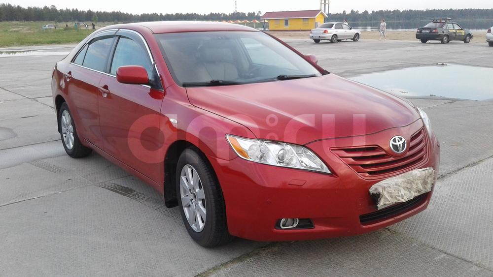 Подержанный Toyota Camry, хорошее состояние, красный , 2008 года выпуска, цена 650 000 руб. в ао. Ханты-Мансийском Автономном округе - Югре