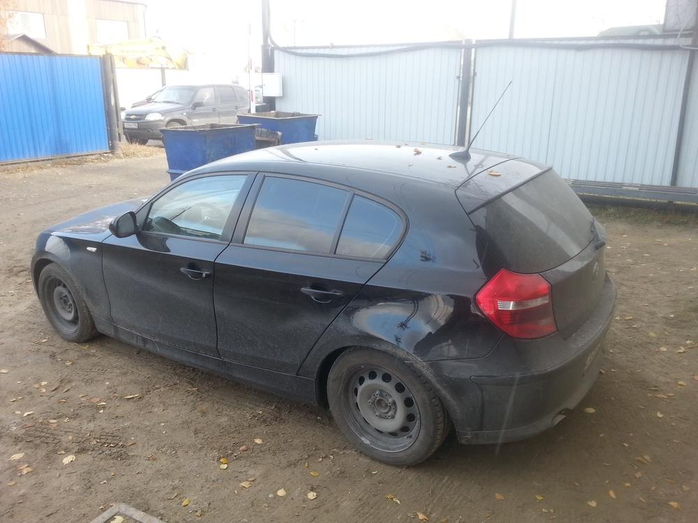 Подержанный BMW 1 серия, хорошее состояние, черный металлик, 2011 года выпуска, цена 600 000 руб. в ао. Ханты-Мансийском Автономном округе - Югре
