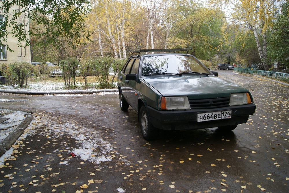 Подержанный ВАЗ (Lada) 2109, среднее состояние, зеленый , 1997 года выпуска, цена 40 000 руб. в Челябинской области