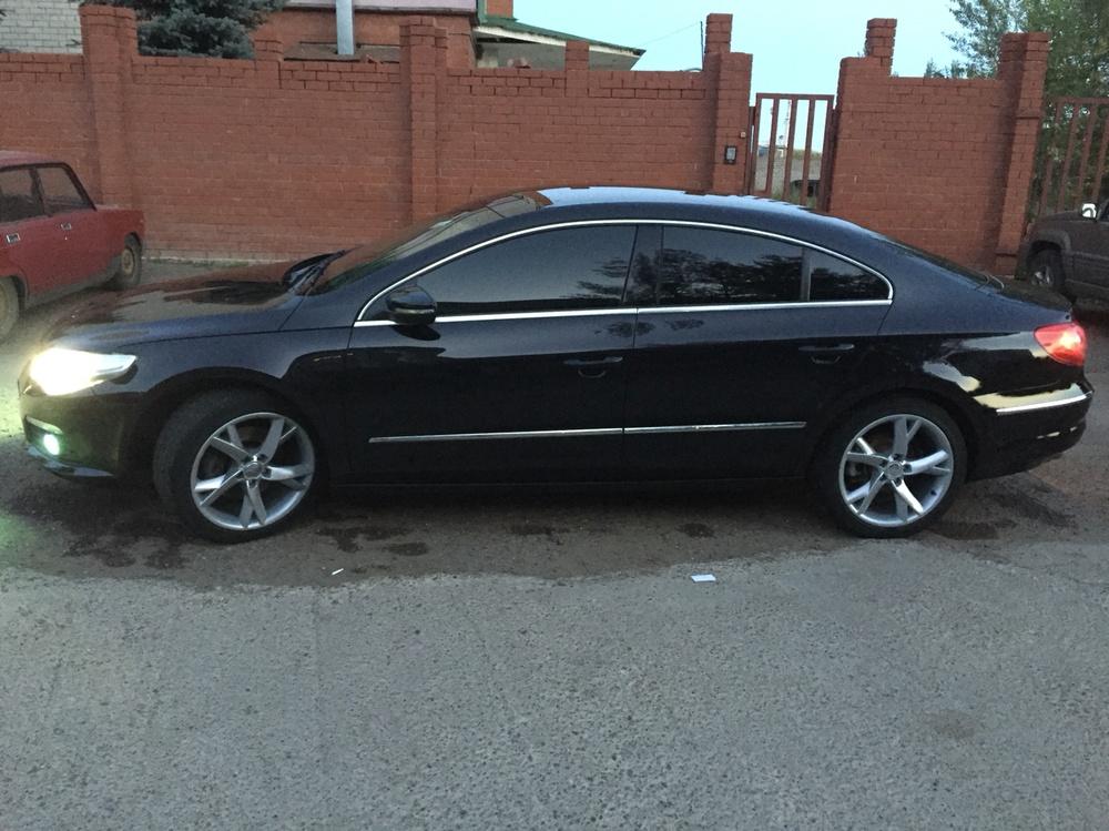 Подержанный Volkswagen Passat CC, хорошее состояние, черный , 2010 года выпуска, цена 670 000 руб. в республике Татарстане