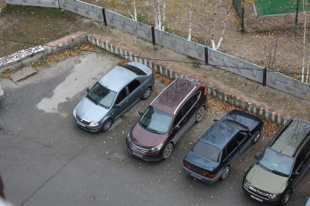 Подержанный Honda CR-V, отличное состояние, коричневый металлик, 2012 года выпуска, цена 1 300 000 руб. в ао. Ханты-Мансийском Автономном округе - Югре