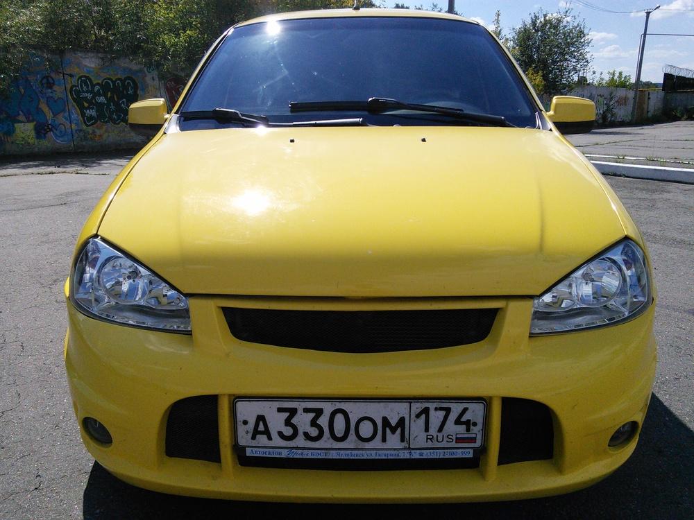 Подержанный ВАЗ (Lada) Kalina, отличное состояние, желтый , 2011 года выпуска, цена 240 000 руб. в Челябинской области