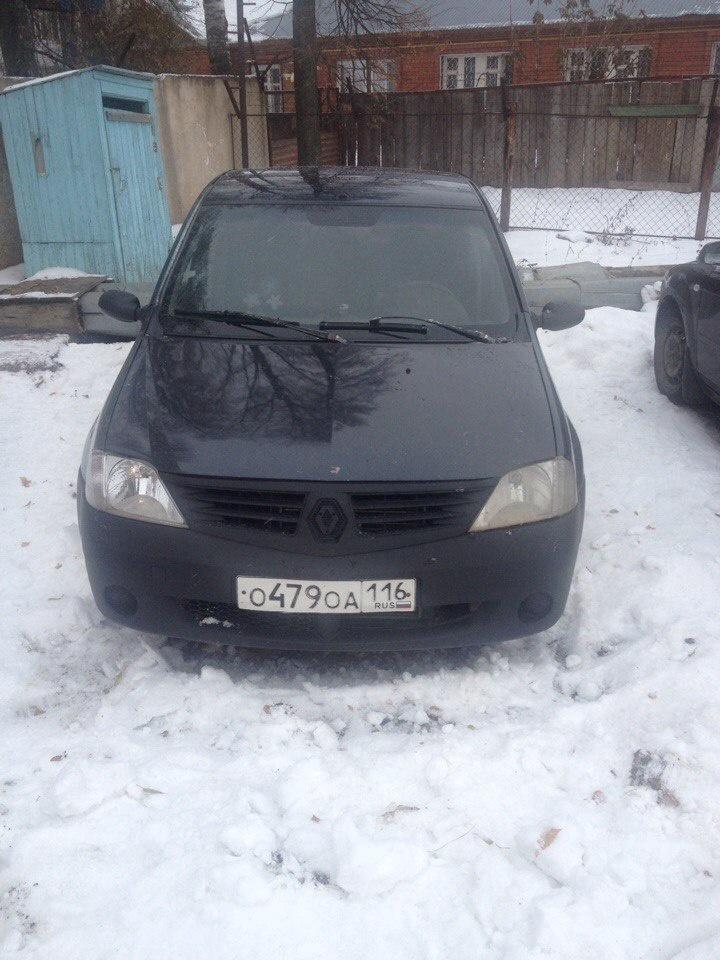 Подержанный Renault Logan, среднее состояние, мокрый асфальт , 2006 года выпуска, цена 95 000 руб. в республике Татарстане