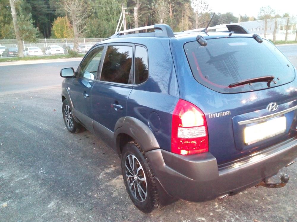 Подержанный Hyundai Tucson, среднее состояние, синий перламутр, 2008 года выпуска, цена 400 000 руб. в ао. Ханты-Мансийском Автономном округе - Югре