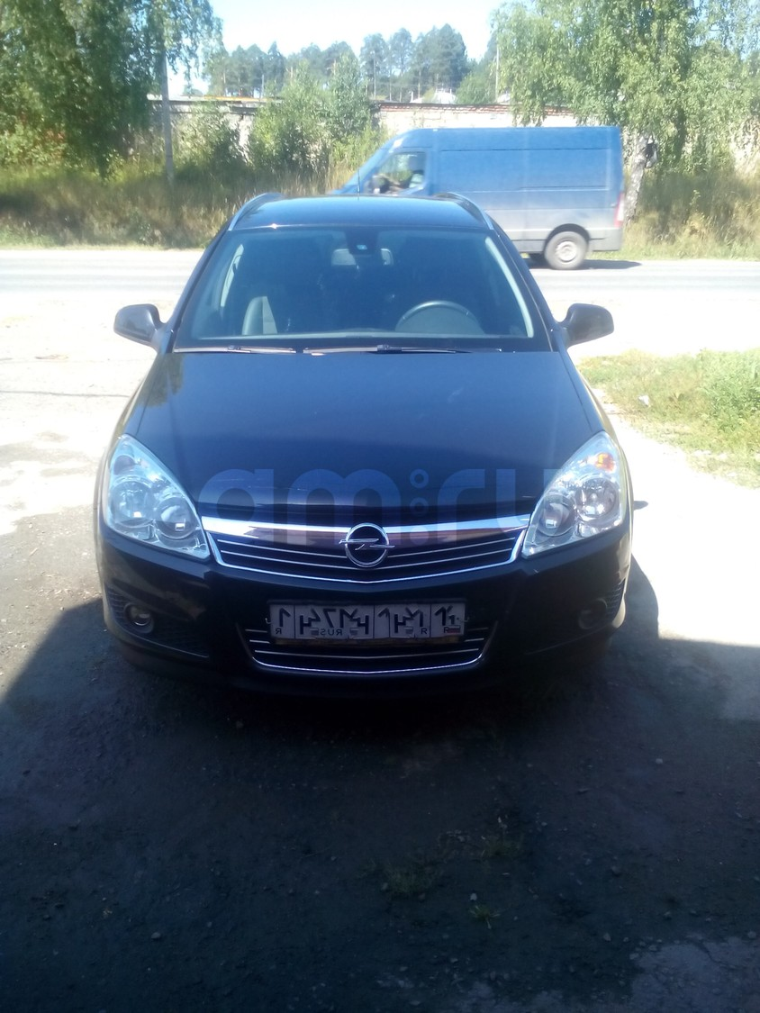 Подержанный Opel Astra, отличное состояние, черный , 2013 года выпуска, цена 660 000 руб. в Челябинской области