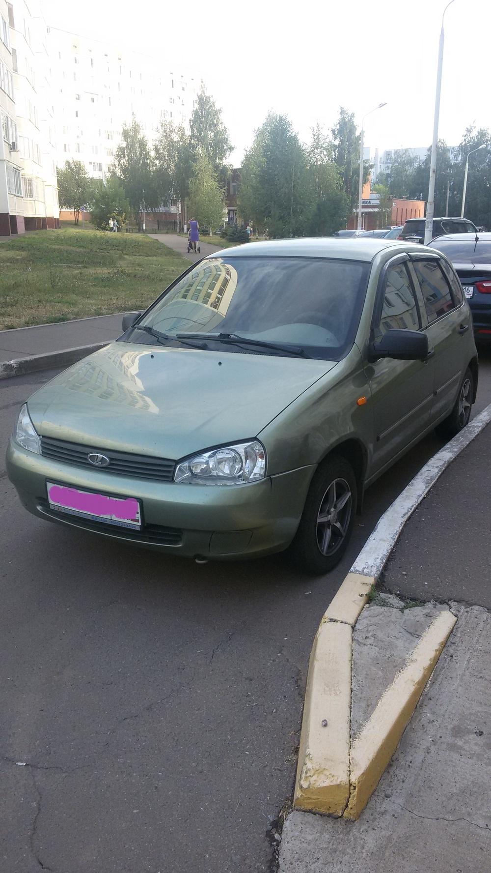 Подержанный ВАЗ (Lada) Kalina, хорошее состояние, зеленый металлик, 2010 года выпуска, цена 180 000 руб. в республике Татарстане
