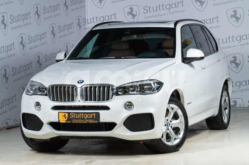 BMW X5 с пробегом, белый , отличное состояние, 2015 года выпуска, цена 3 990 000 руб. в автосалоне Stuttgart (Екатеринбург, ул. Металлургов, д. 84(напротив ТЦ «Мега»))