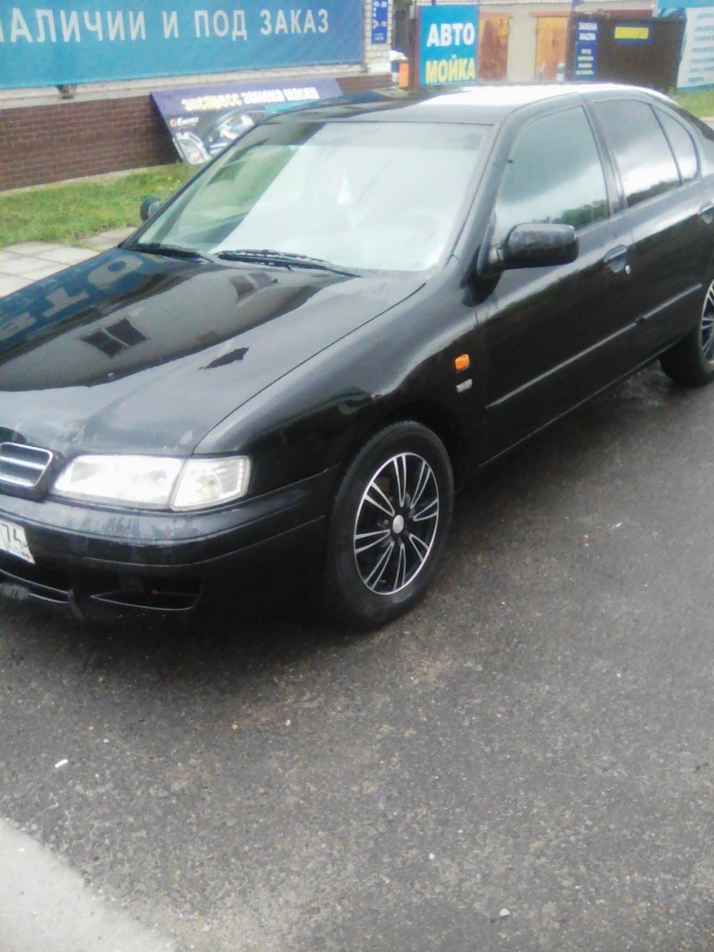 Подержанный Nissan Primera, хорошее состояние, черный , 1998 года выпуска, цена 190 000 руб. в Челябинской области