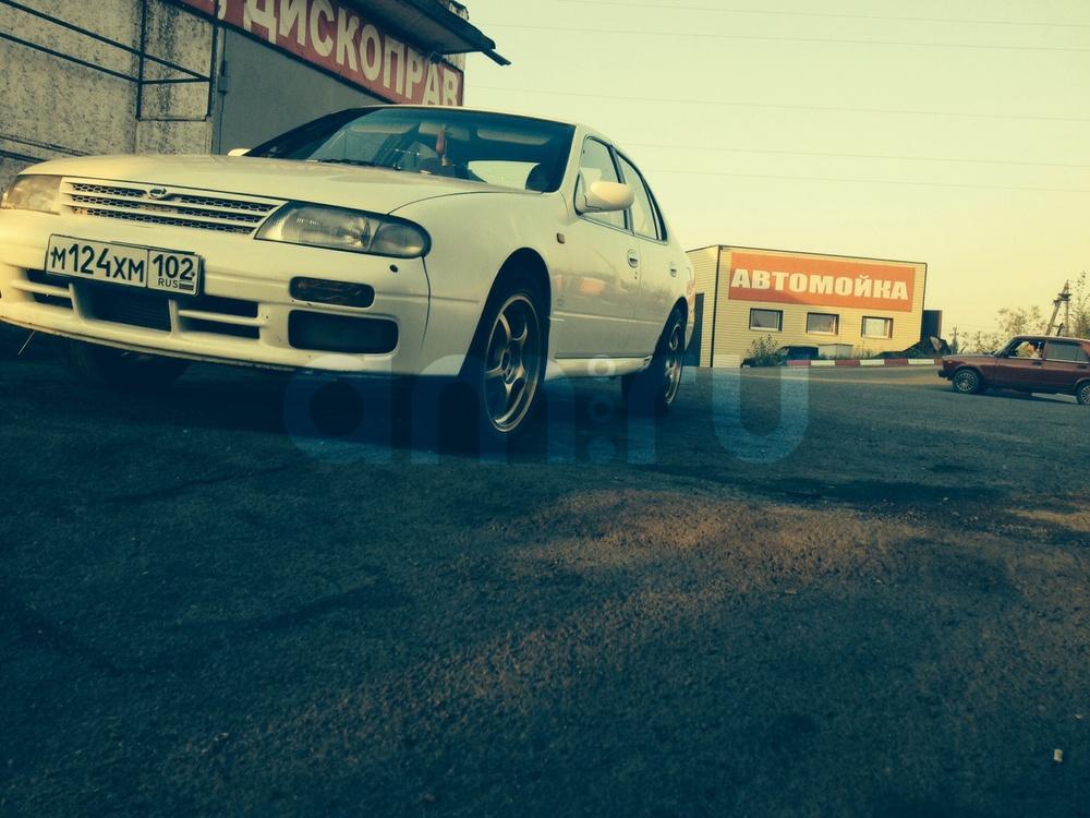 Подержанный Nissan Bluebird, отличное состояние, белый акрил, 1993 года выпуска, цена 180 000 руб. в Челябинской области