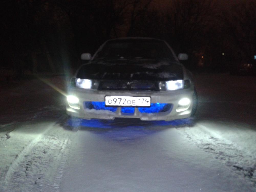 Подержанный Mitsubishi Legnum, среднее состояние, белый , 1998 года выпуска, цена 110 000 руб. в Челябинской области