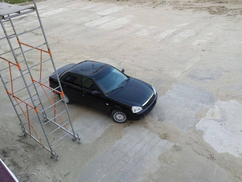 Подержанный ВАЗ (Lada) Priora, хорошее состояние, черный металлик, 2009 года выпуска, цена 230 000 руб. в ао. Ханты-Мансийском Автономном округе - Югре