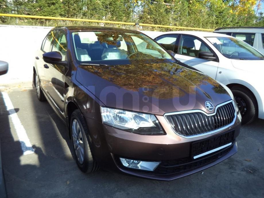 Skoda Octavia с пробегом, коричневый , отличное состояние, 2015 года выпуска, цена 922 000 руб. в автосалоне  ()