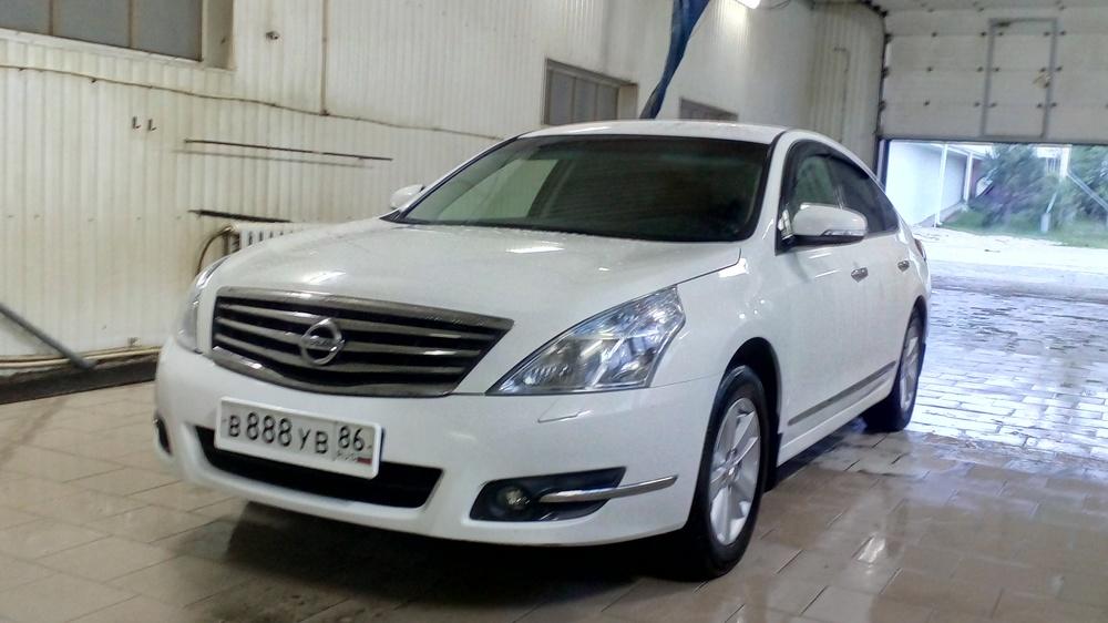 Подержанный Nissan Teana, отличное состояние, белый , 2013 года выпуска, цена 950 000 руб. в ао. Ханты-Мансийском Автономном округе - Югре