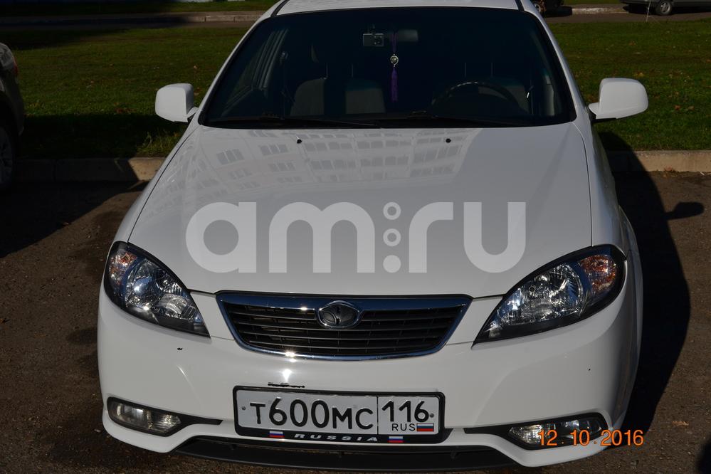 Подержанный Chevrolet Lacetti, отличное состояние, белый , 2013 года выпуска, цена 370 000 руб. в республике Татарстане