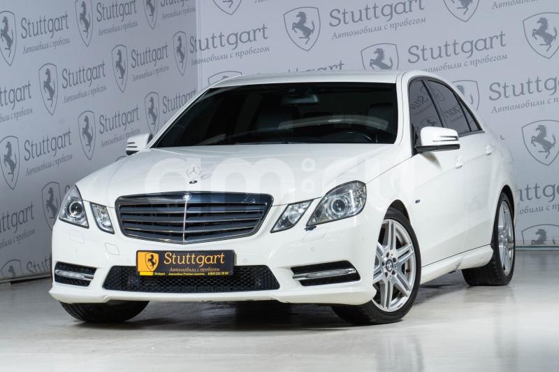 Mercedes-Benz E-Класс с пробегом, белый , отличное состояние, 2011 года выпуска, цена 1 150 000 руб. в автосалоне Stuttgart (Екатеринбург, ул. Металлургов, д. 84(напротив ТЦ «Мега»))
