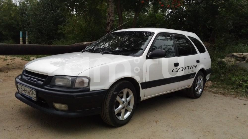 Подержанный Toyota Sprinter Carib, хорошее состояние, белый , 1995 года выпуска, цена 145 000 руб. в Челябинской области