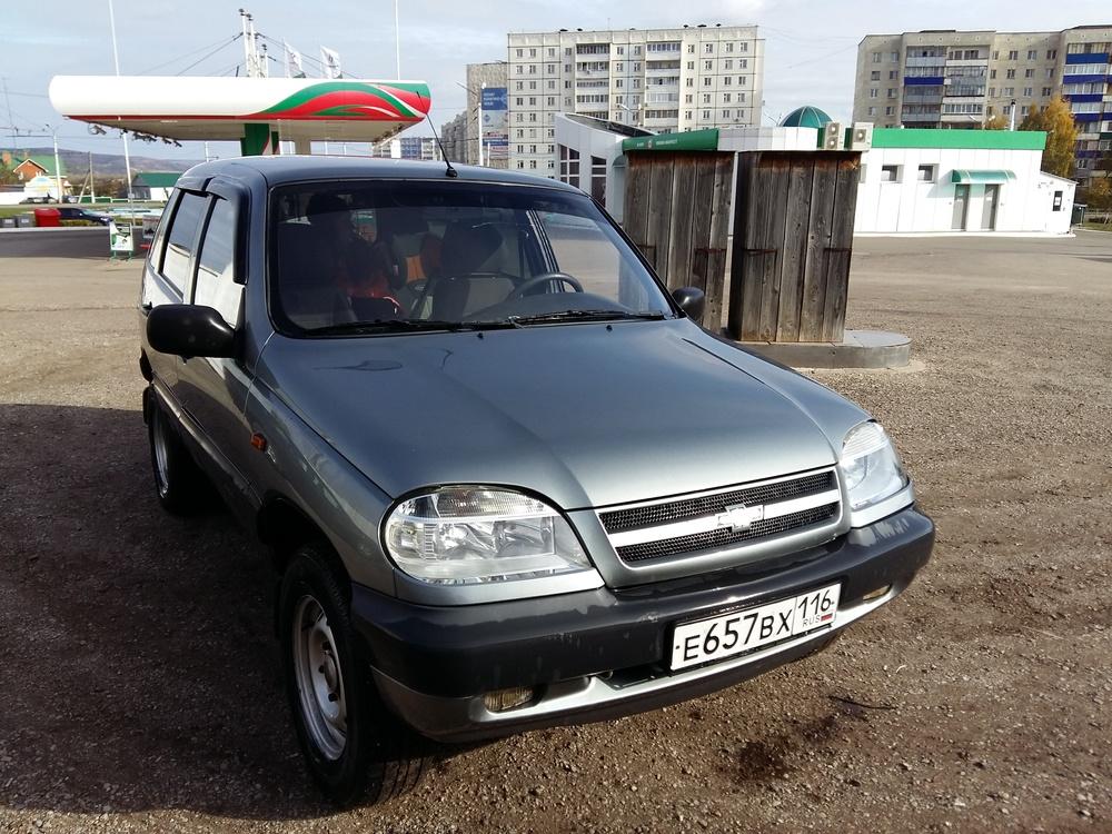 Подержанный Chevrolet Niva, хорошее состояние, серый , 2007 года выпуска, цена 225 000 руб. в республике Татарстане