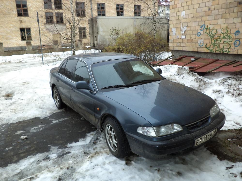 Подержанный Hyundai Sonata, среднее состояние, мокрый асфальт металлик, 1996 года выпуска, цена 110 000 руб. в Челябинской области