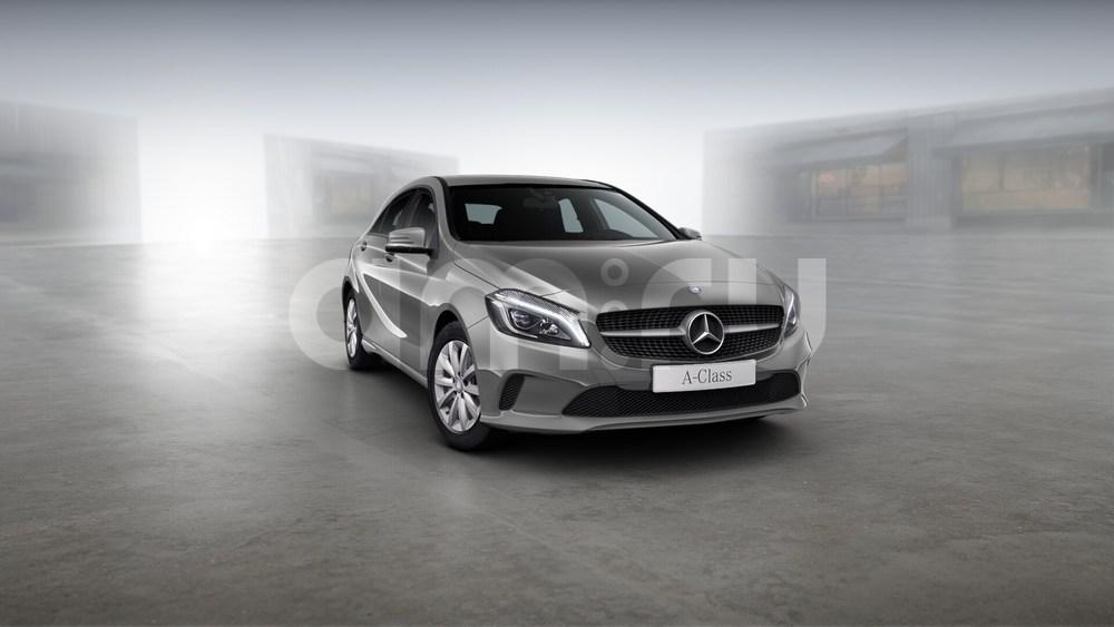 Новый авто Mercedes-Benz A-Класс, серый металлик, 2016 года выпуска, цена 1 630 000 руб. в автосалоне УралАвтоХаус Магнитогорск (Магнитогорск, пр-кт Ленина, д. 97, лит. Б)