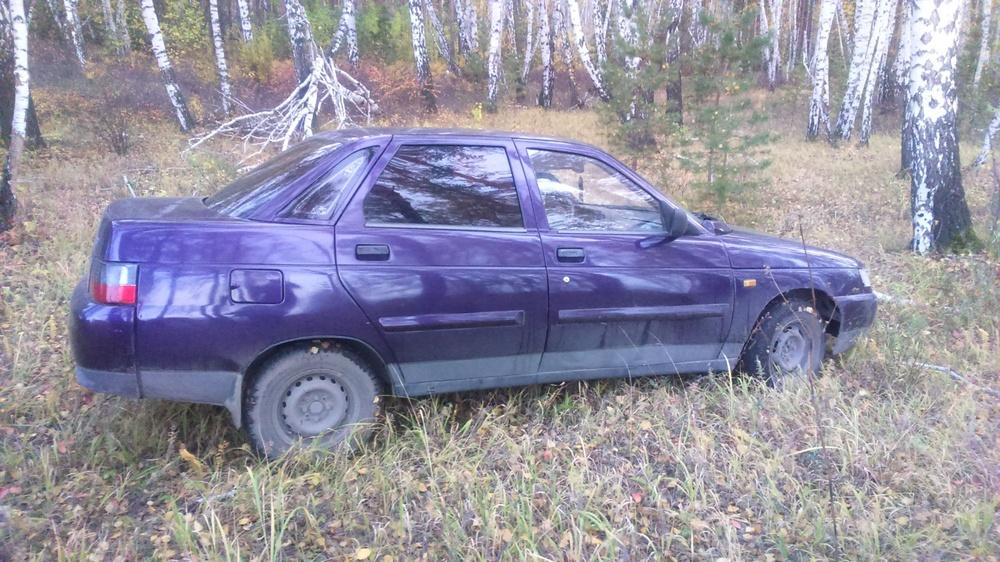 Подержанный ВАЗ (Lada) 2110, хорошее состояние, фиолетовый , 2002 года выпуска, цена 80 000 руб. в Челябинской области