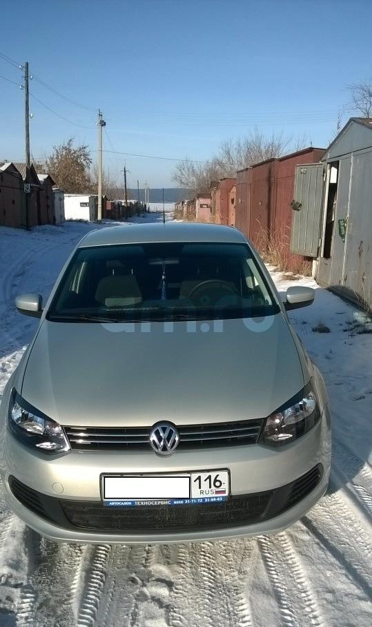 Подержанный Volkswagen Polo, отличное состояние, бежевый металлик, 2012 года выпуска, цена 455 000 руб. в республике Татарстане