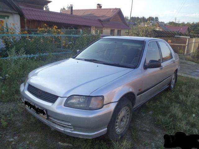 Подержанный Honda Domani, среднее состояние, серебряный , 1992 года выпуска, цена 95 000 руб. в Челябинской области