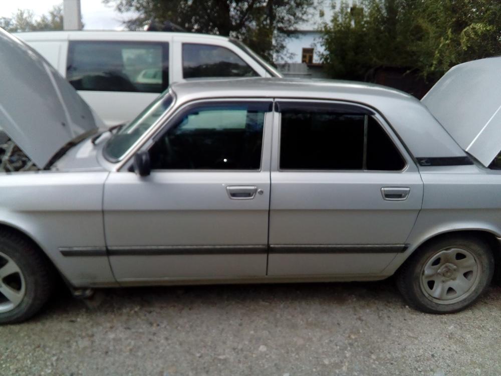 Подержанный ГАЗ 31105 Волга, хорошее состояние, серебряный , 2006 года выпуска, цена 125 000 руб. в Челябинской области