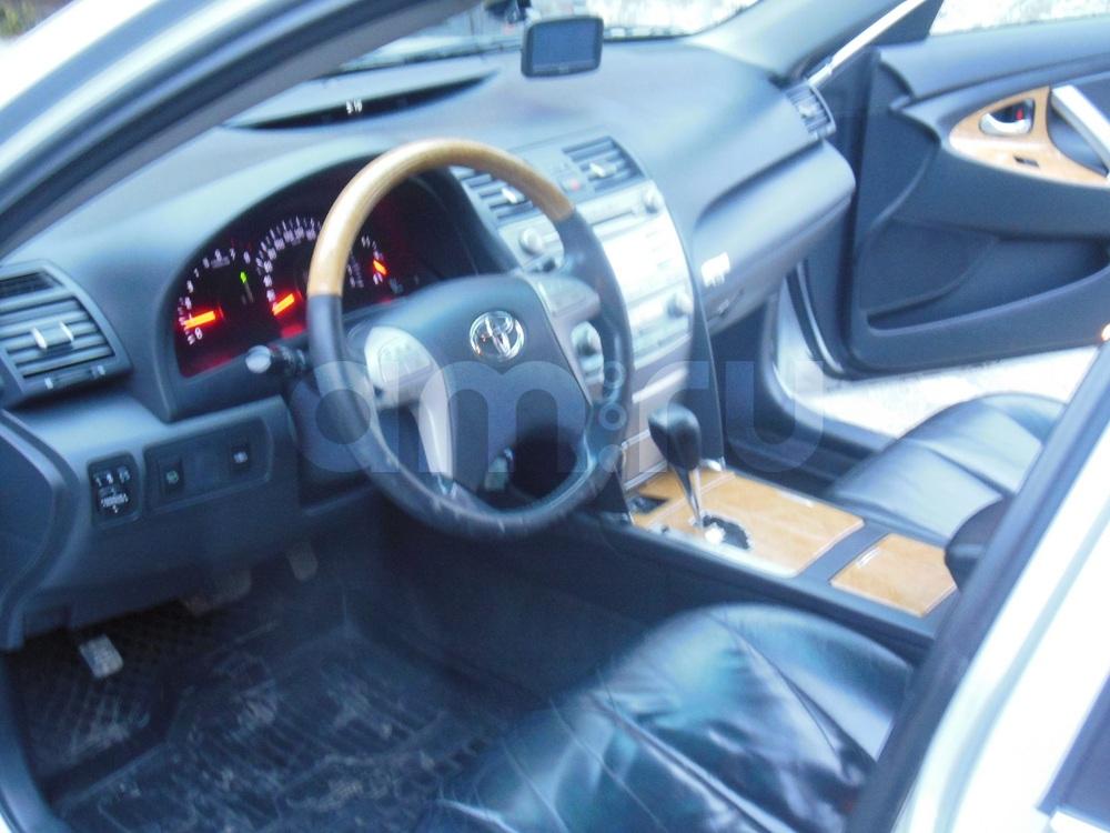 Toyota Camry с пробегом, серебряный металлик, хорошее состояние, 2006 года выпуска, цена 590 000 руб. в автосалоне  ()