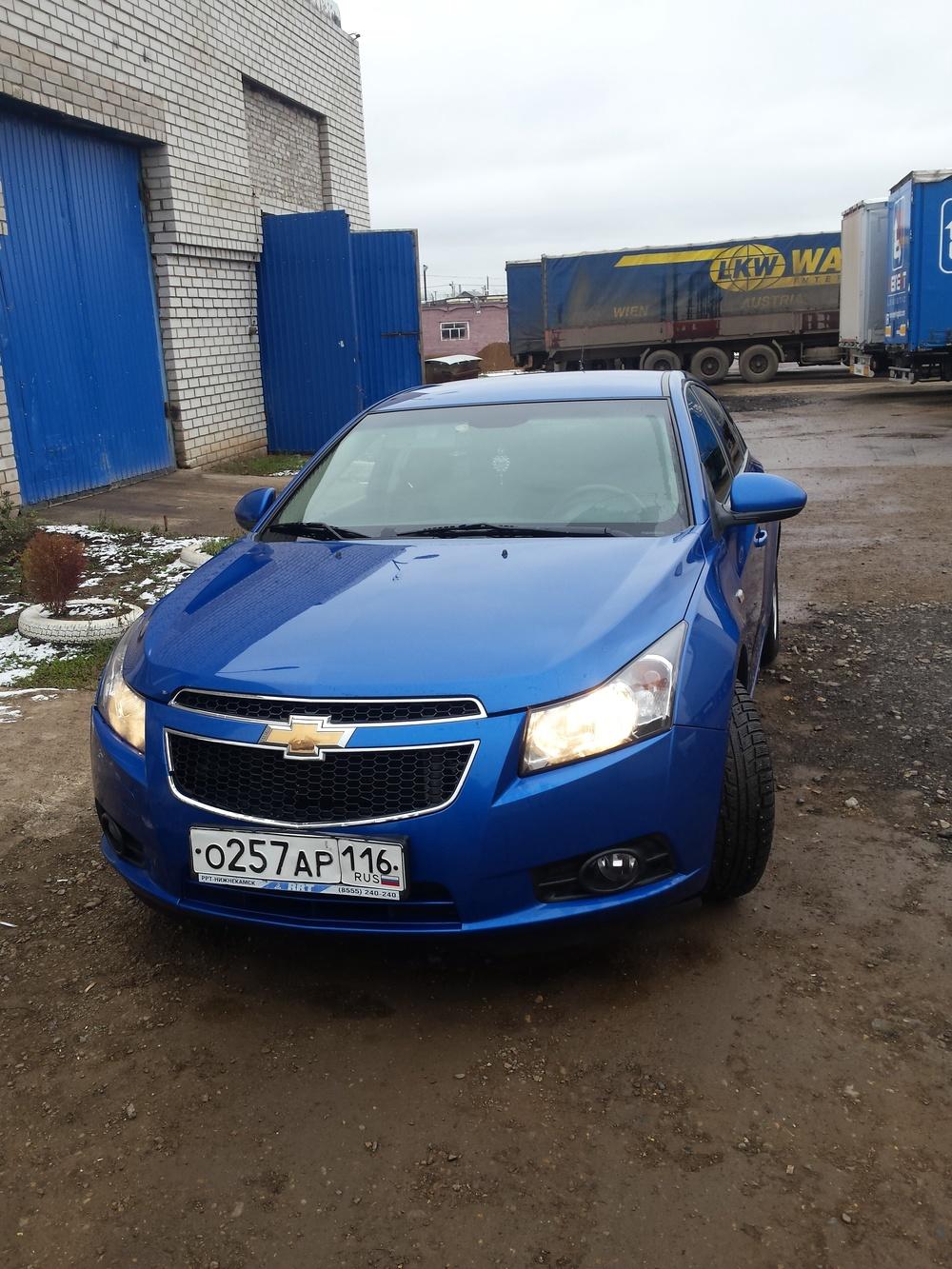 Подержанный Chevrolet Cruze, отличное состояние, синий , 2011 года выпуска, цена 500 000 руб. в республике Татарстане