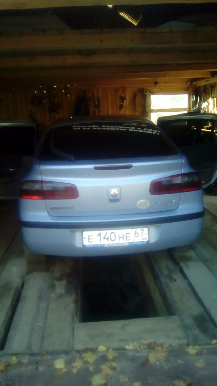 Подержанный Renault Laguna, отличное состояние, фиолетовый , 2002 года выпуска, цена 220 000 руб. в Смоленской области