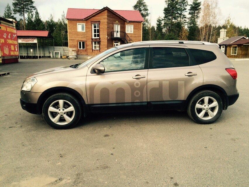 Подержанный Nissan Qashqai+2, хорошее состояние, коричневый , 2009 года выпуска, цена 650 000 руб. в ао. Ханты-Мансийском Автономном округе - Югре
