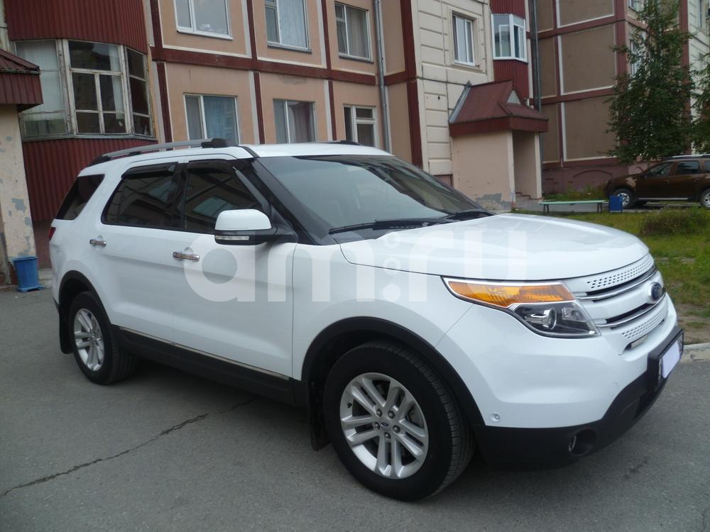 Подержанный Ford Explorer, отличное состояние, белый , 2015 года выпуска, цена 2 300 000 руб. в ао. Ханты-Мансийском Автономном округе - Югре