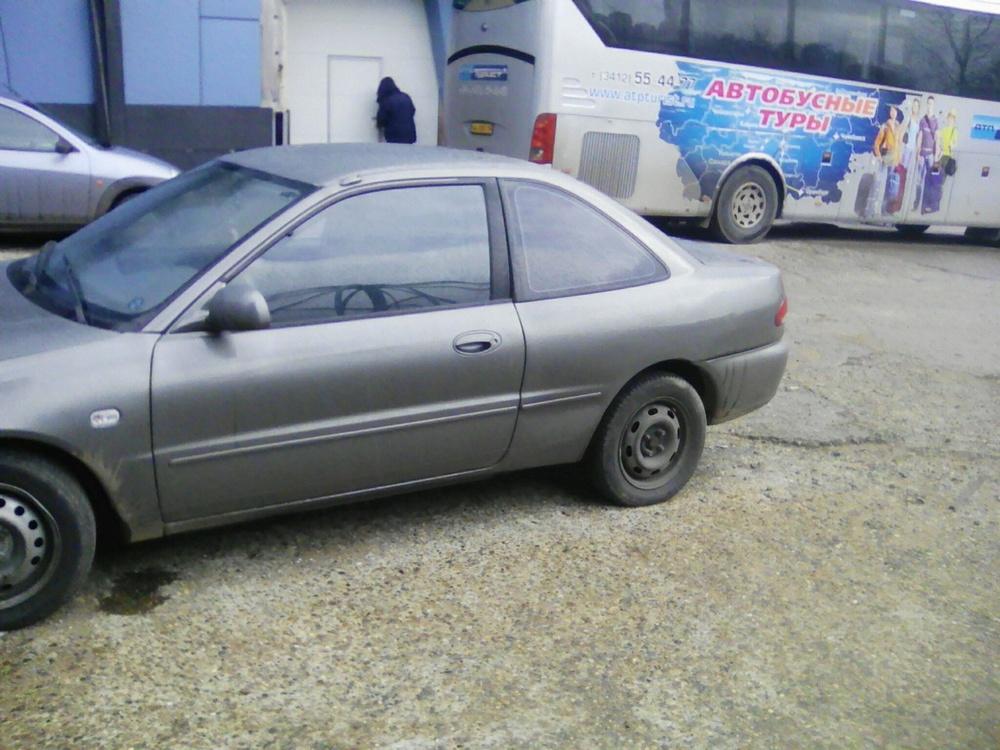 Подержанный Proton Persona 300 Compact, хорошее состояние, мокрый асфальт металлик, 1999 года выпуска, цена 120 000 руб. в республике Татарстане