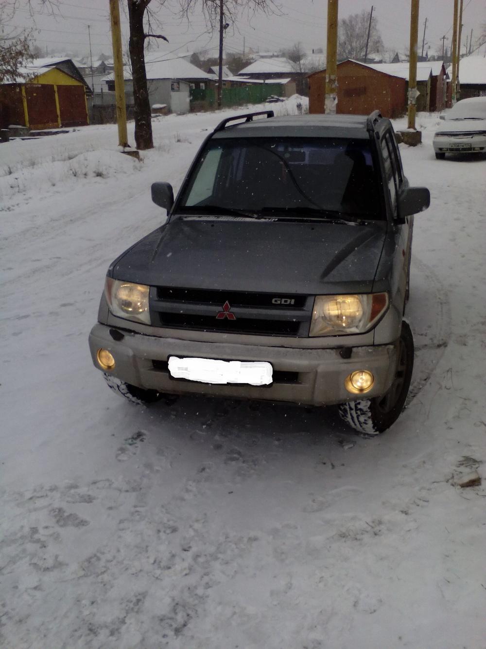 Подержанный Mitsubishi Pajero Pinin, отличное состояние, серебряный , 2004 года выпуска, цена 470 000 руб. в Челябинской области