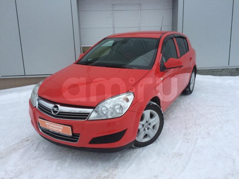 Opel Astra с пробегом, красный , отличное состояние, 2011 года выпуска, цена 415 000 руб. в автосалоне Автобан-Запад (Екатеринбург, ул. Металлургов, д. 67)